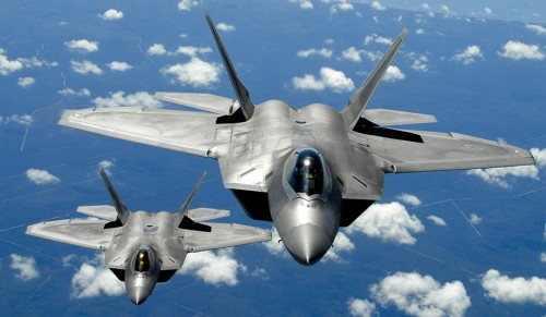 U.S. Air Force F-22 Raptors (Photo: Senior Master Sergeant Thomas Meneguin)