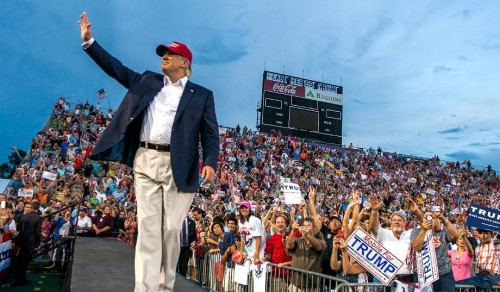 Trump greets the crowd in Mobile, Ala., August 21, 2015. (Mark Wallheiser/Getty)